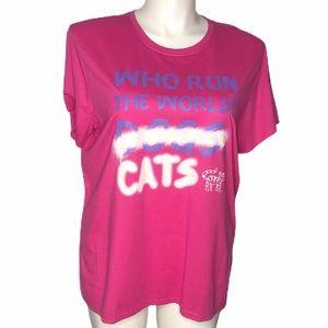 NEW!!!  Sketchers cat lovers T-shirt